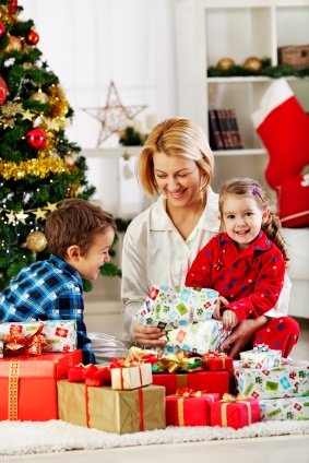spending time with your child is the best gift you can give Baby shower gift etiquette and tips  baby shower gift spending and tips on  on some sage advice about when is a good time to use it second or third child baby.