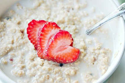 Overnight Oatmeal with Strawberries
