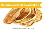 Thick pancakes made from oats and bananas